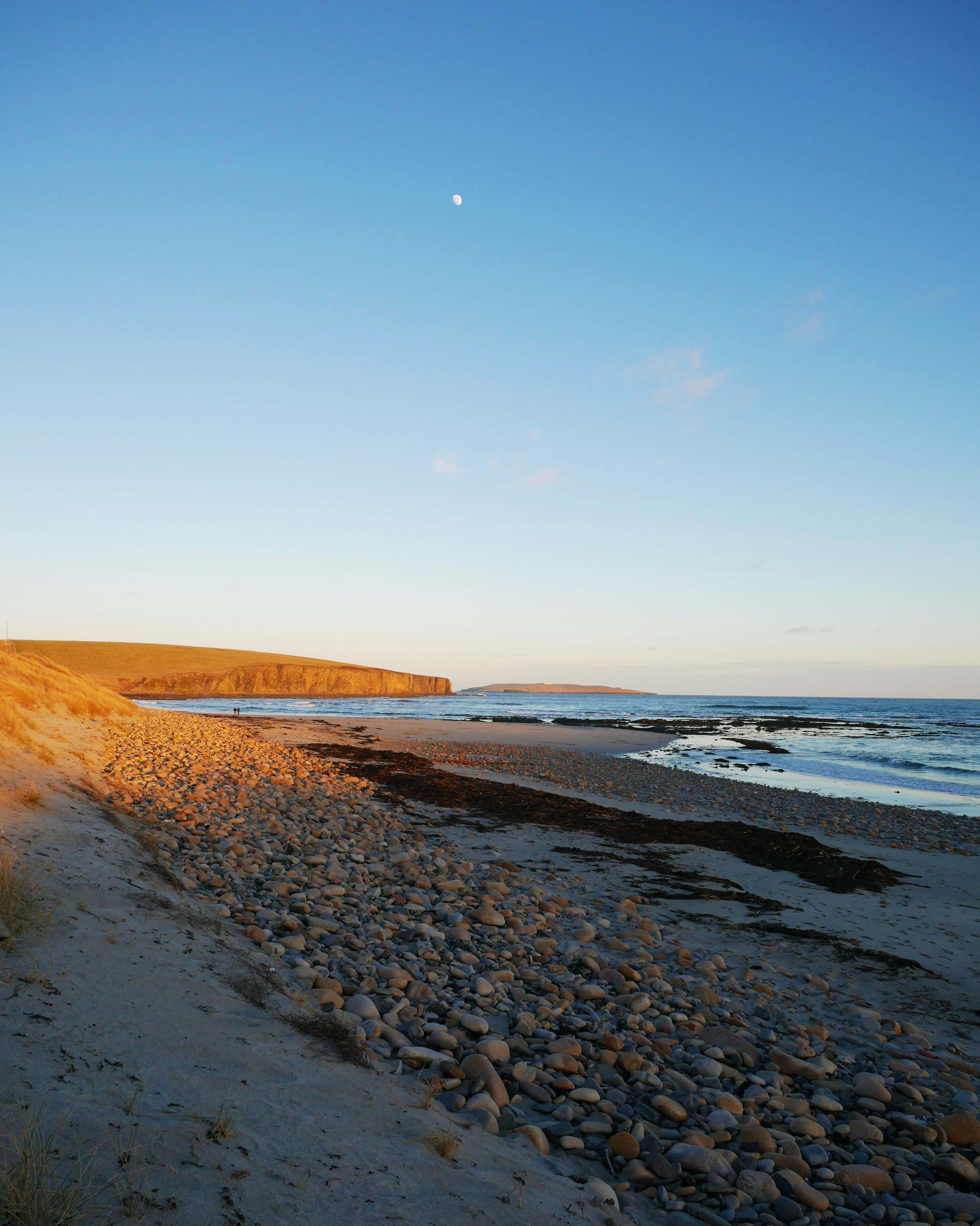 Dingieshowe Beach, Viking thing site in Orkney, Scotland