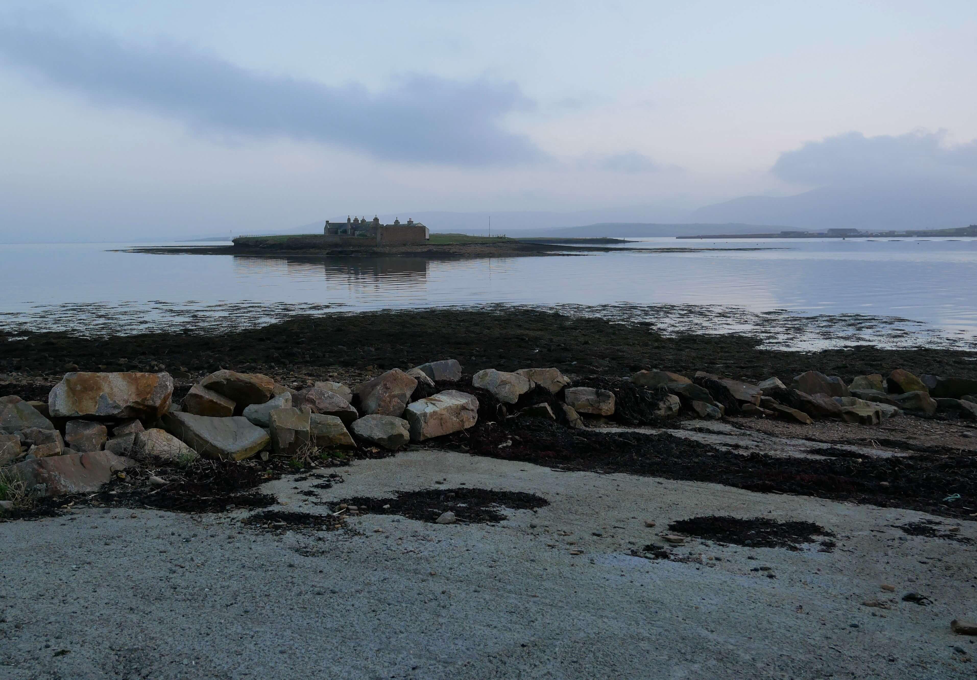 Tidal island: the Inner Holm, Stromness, Orkney Islands, Scotland, UK