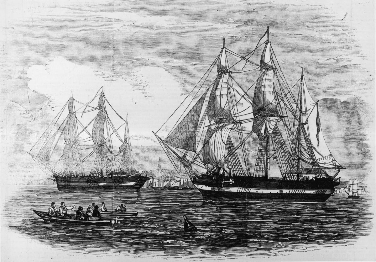 Old illustration of the Erebus and the Terror leaving London