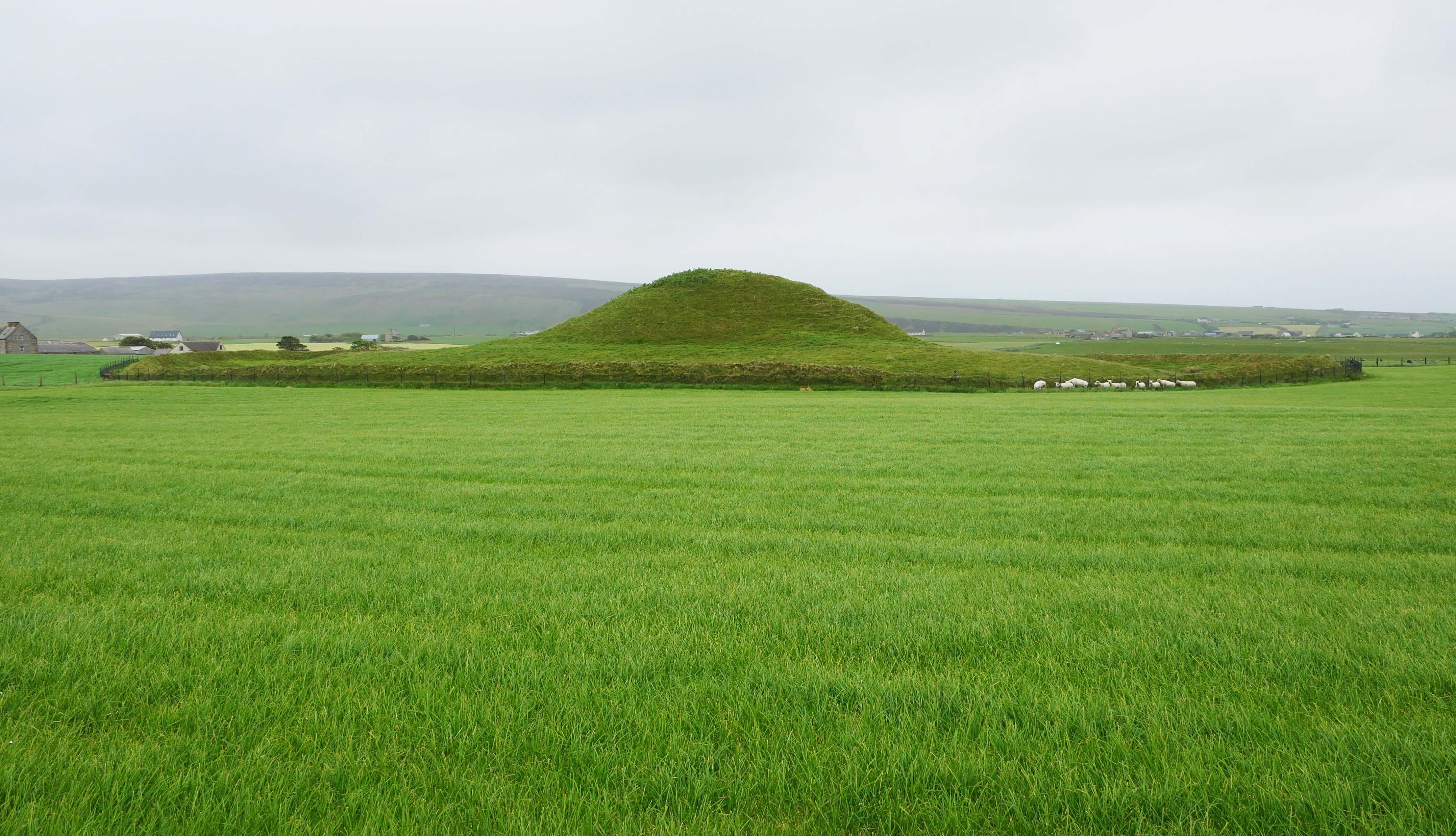 The back view of Maeshowe, Orkney Islands, Scotland - Orkneyology.com