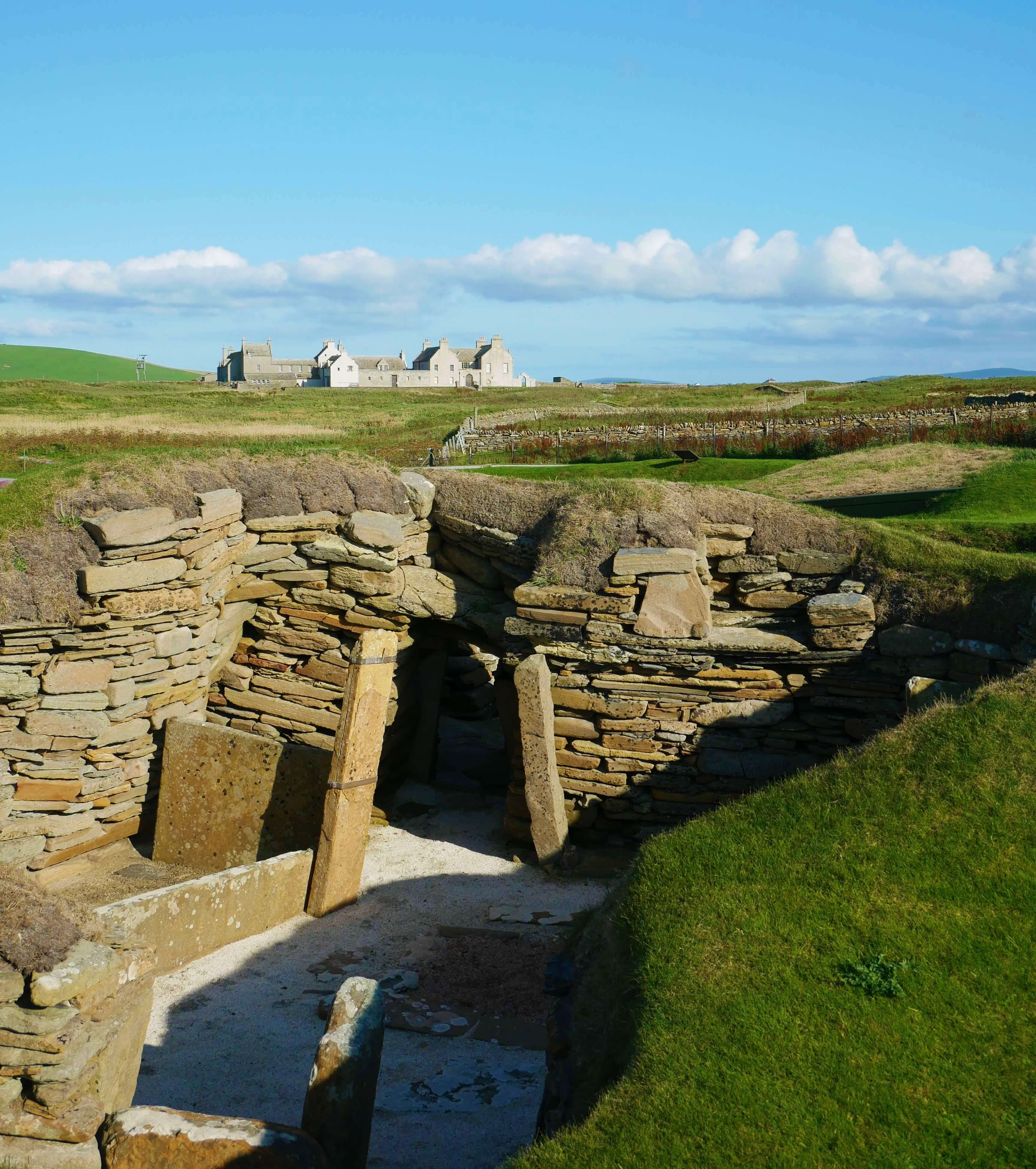 Skara Brae and Skaill House, Bay of Skaill, Orkney Islands, Scotland, UK